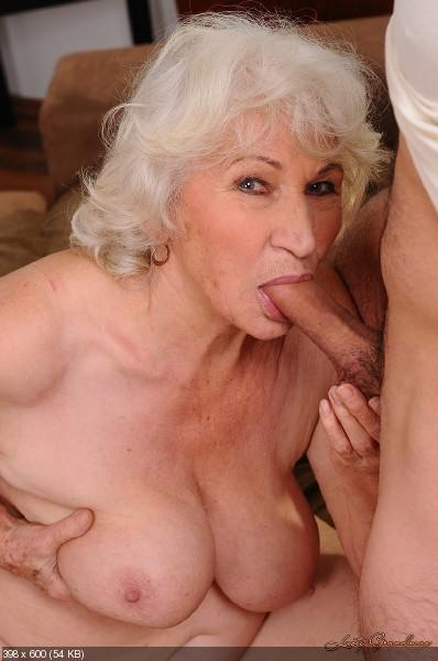 порно бабушек.бабушка поймала внука дрочера