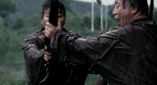 Вторжение динозавра / Хозяин / Gwoemul / The Host (2006) 720p BDRip