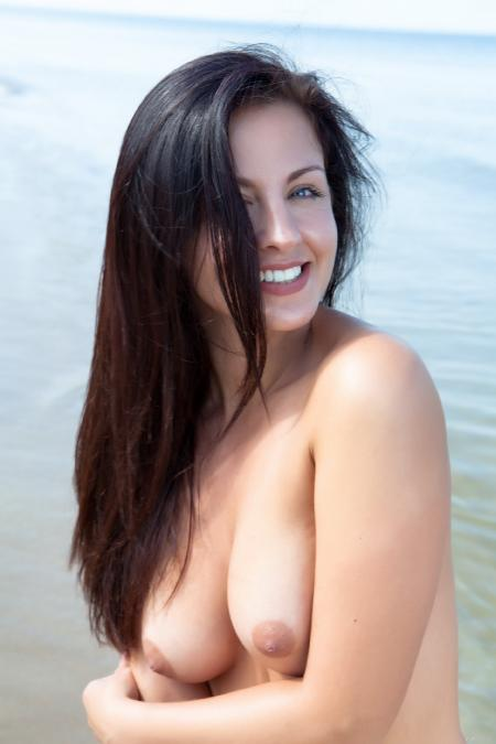 EroticBeauty: Darselle - Presenting  1 (05*04*2014)