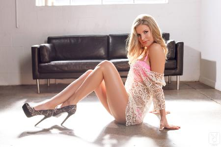 Playboy [Amateurs]: Kimber Cox - Legs For Days (10*04*2014)