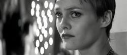 Девушка на мосту (1999) DVDRip от MediaClub {Android}