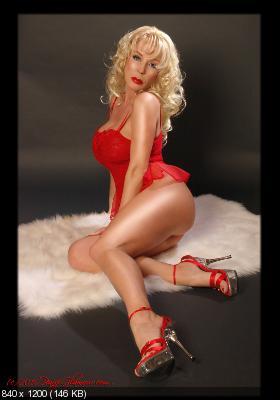 REAL FAKE CELEB - New Fakes Celebrity Naked Photos