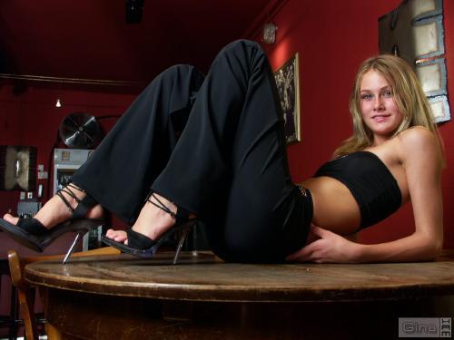 Gina-Set-22-2005